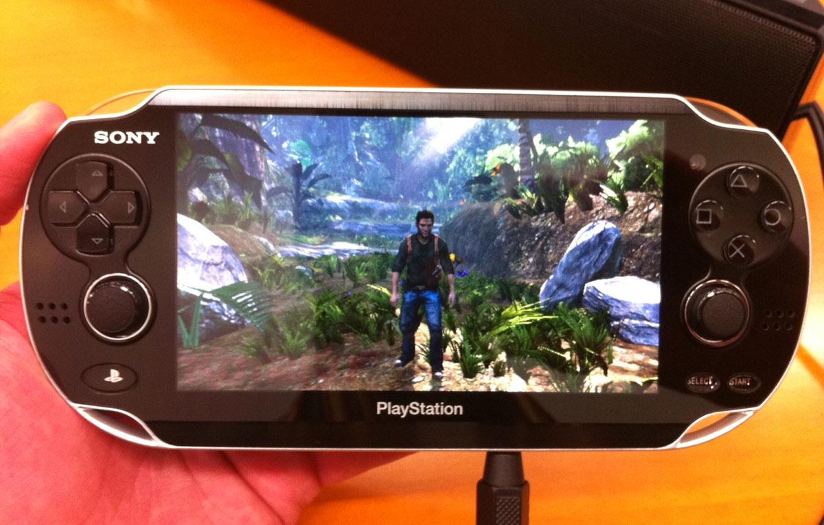 Greek Otaku: Sony NGP (PSP2)